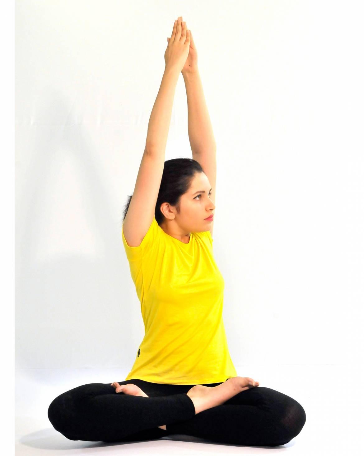 Parvatasana-step-4.jpg